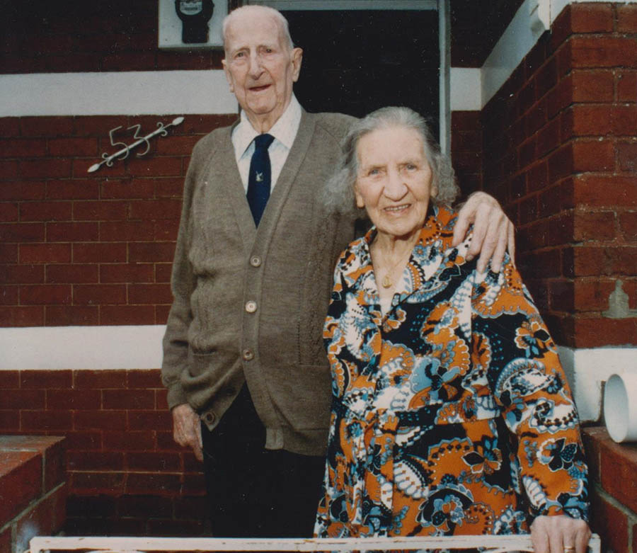 Gus And Gladys Gilbert 3rd April 1990 001
