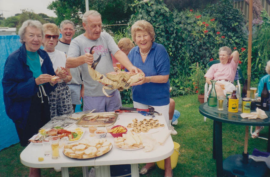 Rita,Esther,Russell,AubCherry,Phyl, Jean Henderson Back Crab Day 94